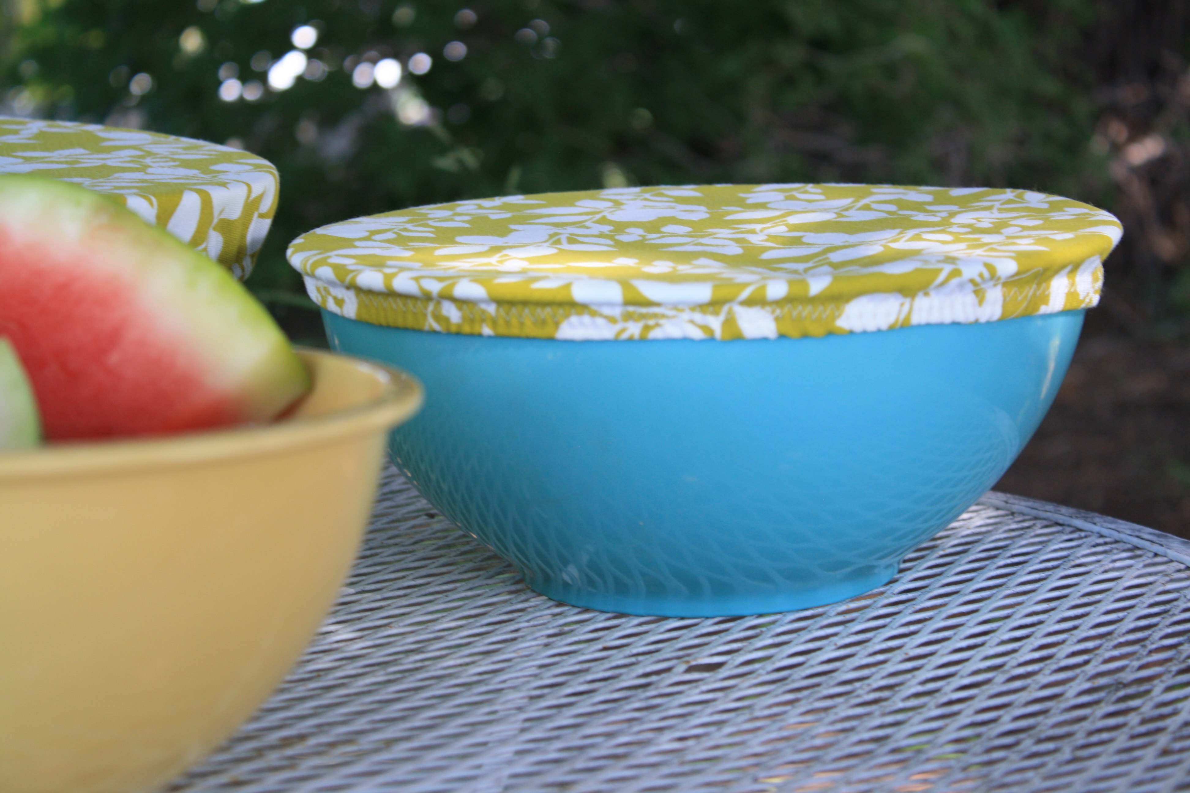 DIY bowl cover // yellow spool